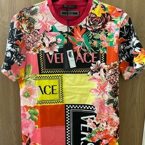 Limited edition Rare Versace floral print T-shirt